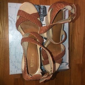 SPERRY STRAPPY WEDGES